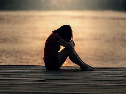girl-sitting-mental-health